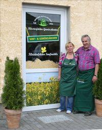 M. Trautmann und R. Fell begrüßen die Gäste, Foto: Klosterfelder Senfmühle